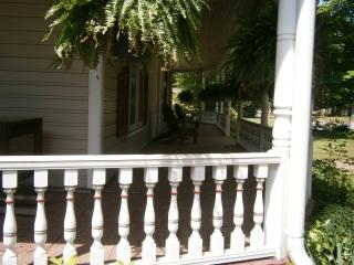 Details on porch accent roof color